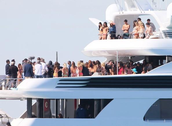 entourage-yacht